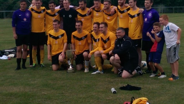 Edinburgh City with the trophy